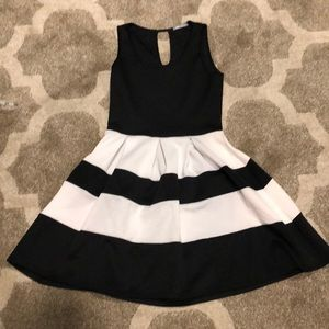 Dresses & Skirts - FIVE DOLLAR Black and white A line dress
